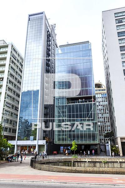 Fachada do IMS Instituto Moreira Salles na Avenida Paulista - Bairro Bela Vista - projeto de Andrade Morettin