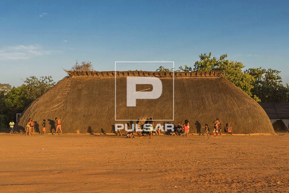 Aldeia Afukuri da etnia Kuikuro durante cerimônia do Kuarup - Parque Indígena do Xingu
