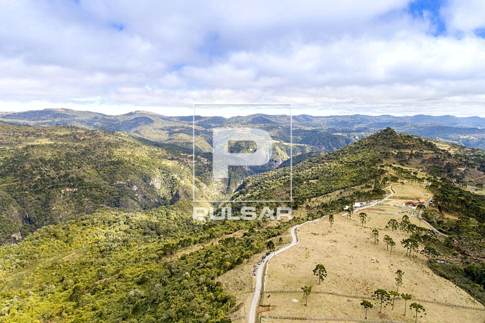 Vista de drone da Serra dos Bitus