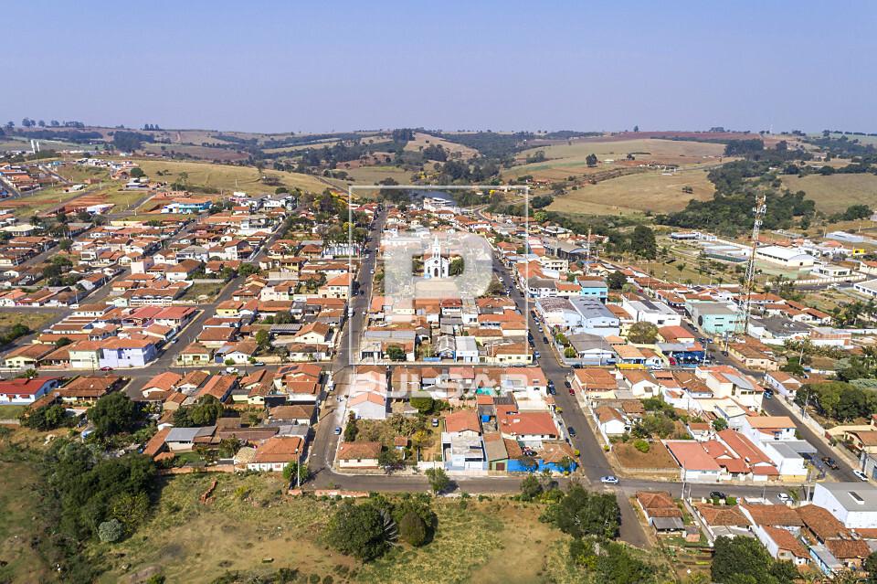 Vista de drone de moradias da cidade