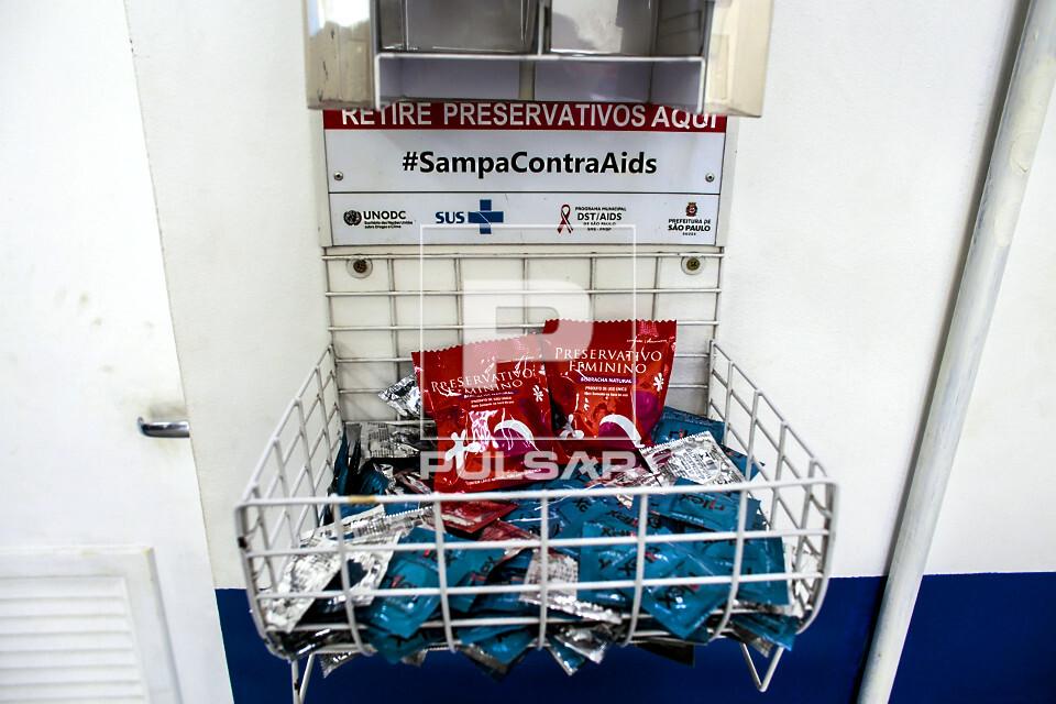 Distribuição gratuita de preservativos masculino e feminino na UBS Unidade Básica de Saúde Boracea - bairr