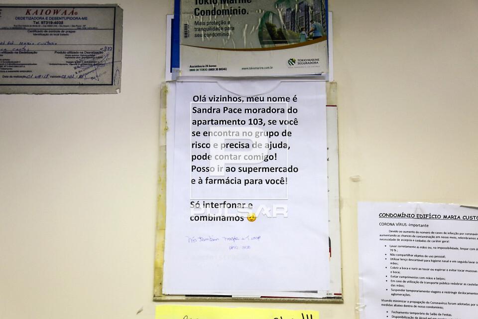 Pandemia do Coronavírus - moradora de prédio oferece ajuda à moradores acima de 60 anos - grupo de risco -