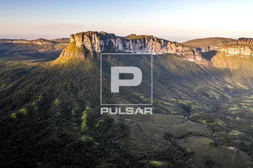 Vista de drone do conjunto montanhoso do Vale do Pati - Parque Nacional da Chapada Diamantina