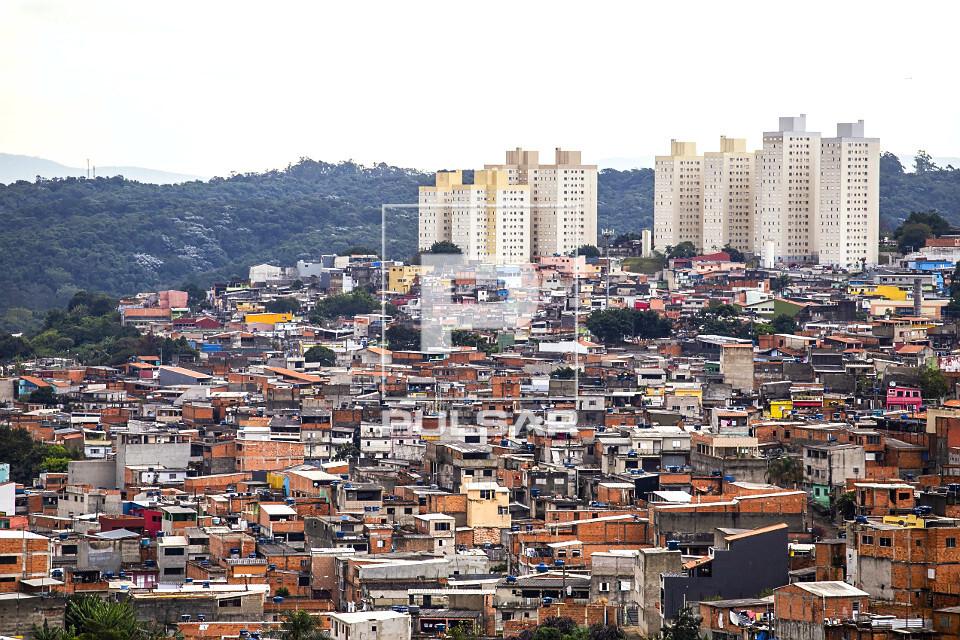 Casas e edifícios residenciais no Parque Boa Esperança