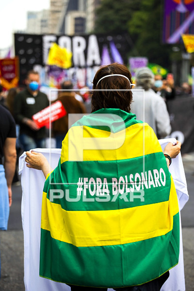 Manifestação contra governo do presidente Jair Bolsonaro na avenida Paulista