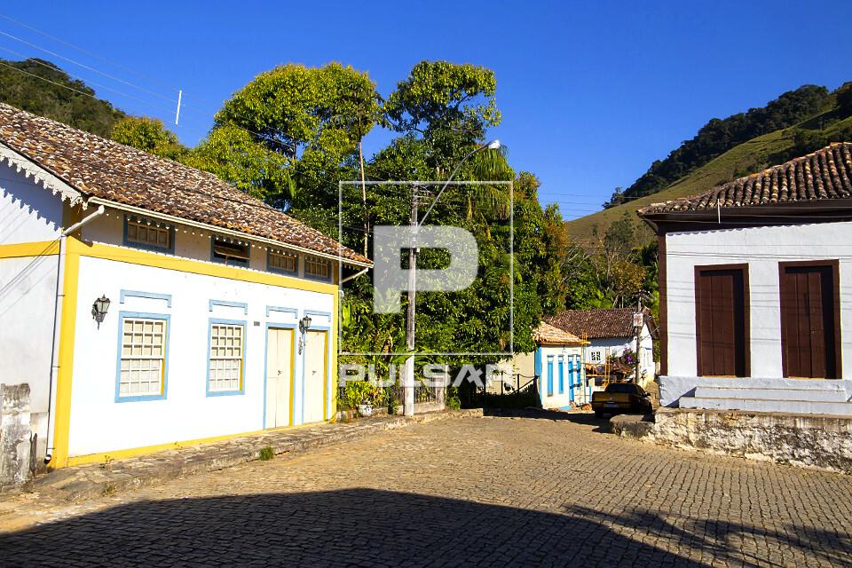 Casario histórico do distrito São Pedro de Itabapoana - fundado em 1890 - Ciclo do Café