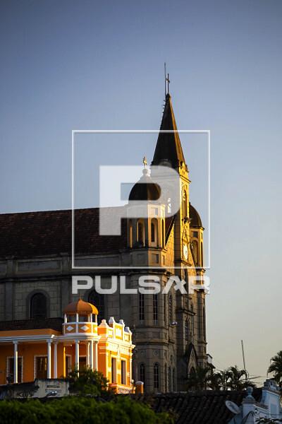 Igreja Matriz de São João Batista - faz parte de conjunto arquitetônico tombado pelo governo do Estado - co