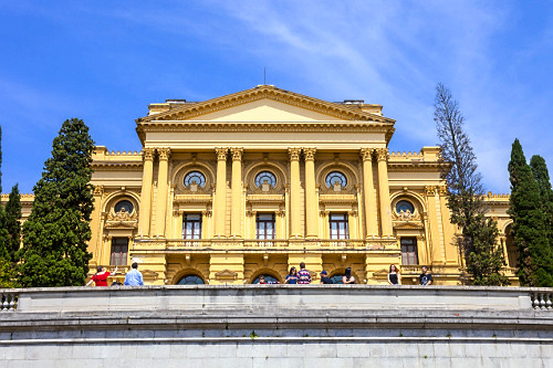 Fachada do Museu Paulista da USP conhecido como Museu do Ipiranga no Parque da Independência - inaugurado em