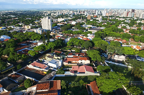 Vista de drone de moradias - Zona 5