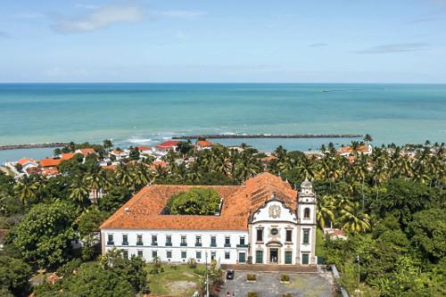 Vista de drone do Mosteiro de São Bento - bairro Varadouro