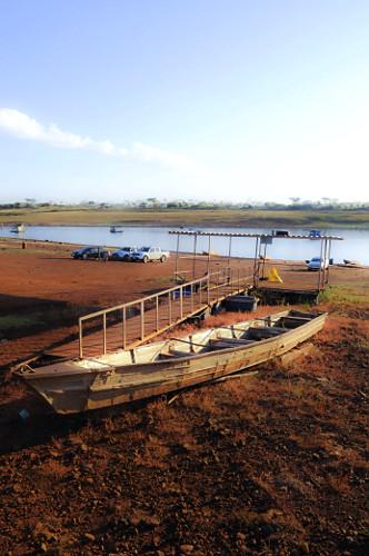 Represa da UHE Usina Hidrelétrica de Marimbondo formada pelo rio Grande com o nível muito baixo devido a gra