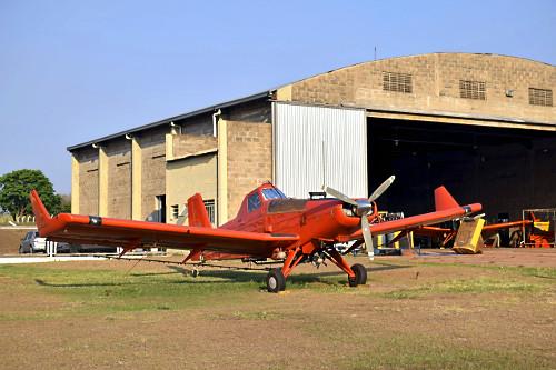 Avião agrícola Aeroporto Estadual Moliterno de Dracena