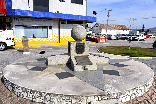 Monumento do Tratado de Tordesilhas
