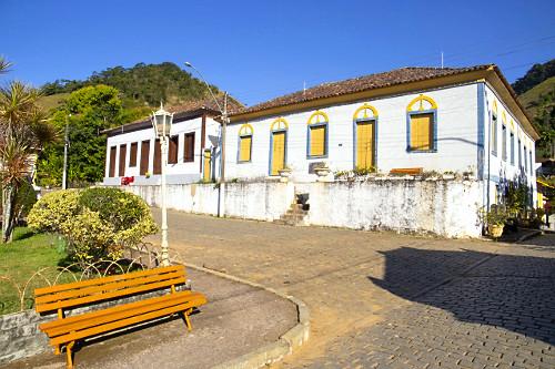 Casario histórico no distrito São Pedro de Itabapoana - fundado em 1890 - Ciclo do Café