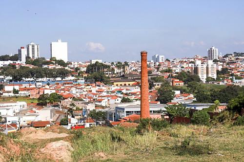 Vista de moradias da cidade