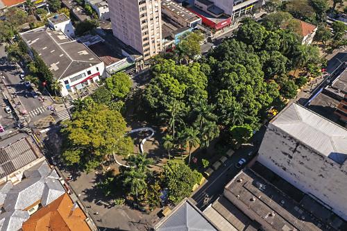 Vista de drone da Praça Floriano Peixoto - Bairro de Santo Amaro