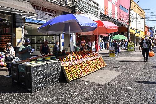 Banca de frutas no Largo 13 de Maio - Bairro Santo Amaro